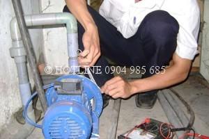 Thợ sửa máy bơm nước ở quận 6