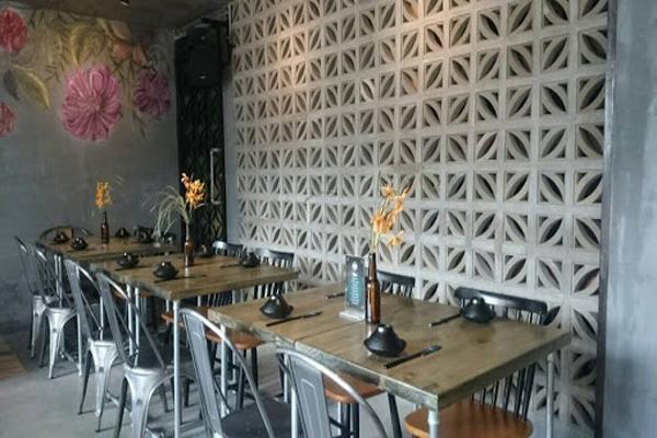 Thiết kế trang trí cho nhà hàng tạo một không gian cổ kính